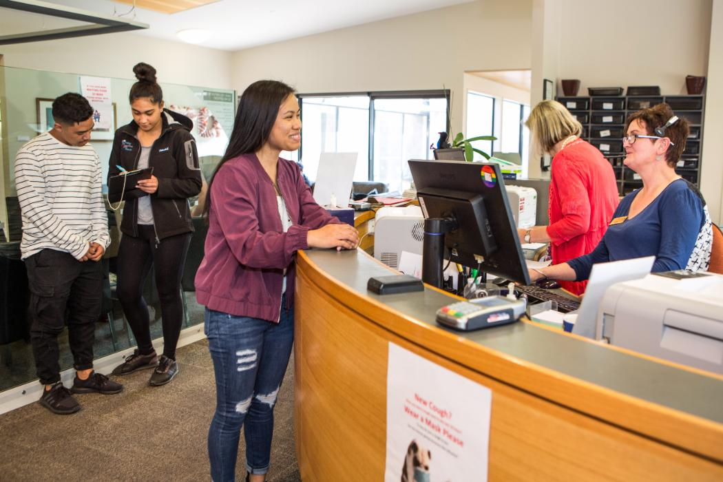 pacific students enrolling in person