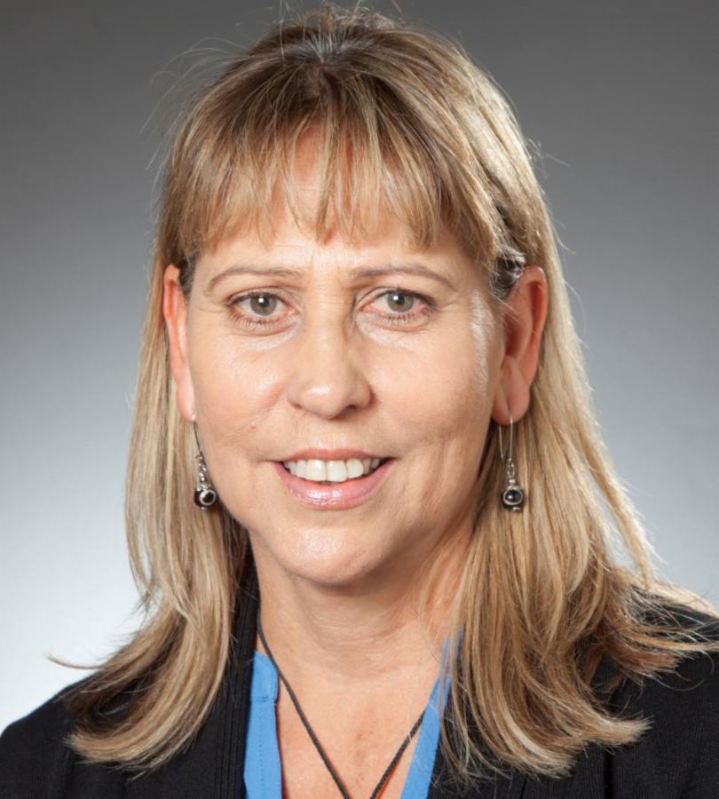 Regina Oakeshott