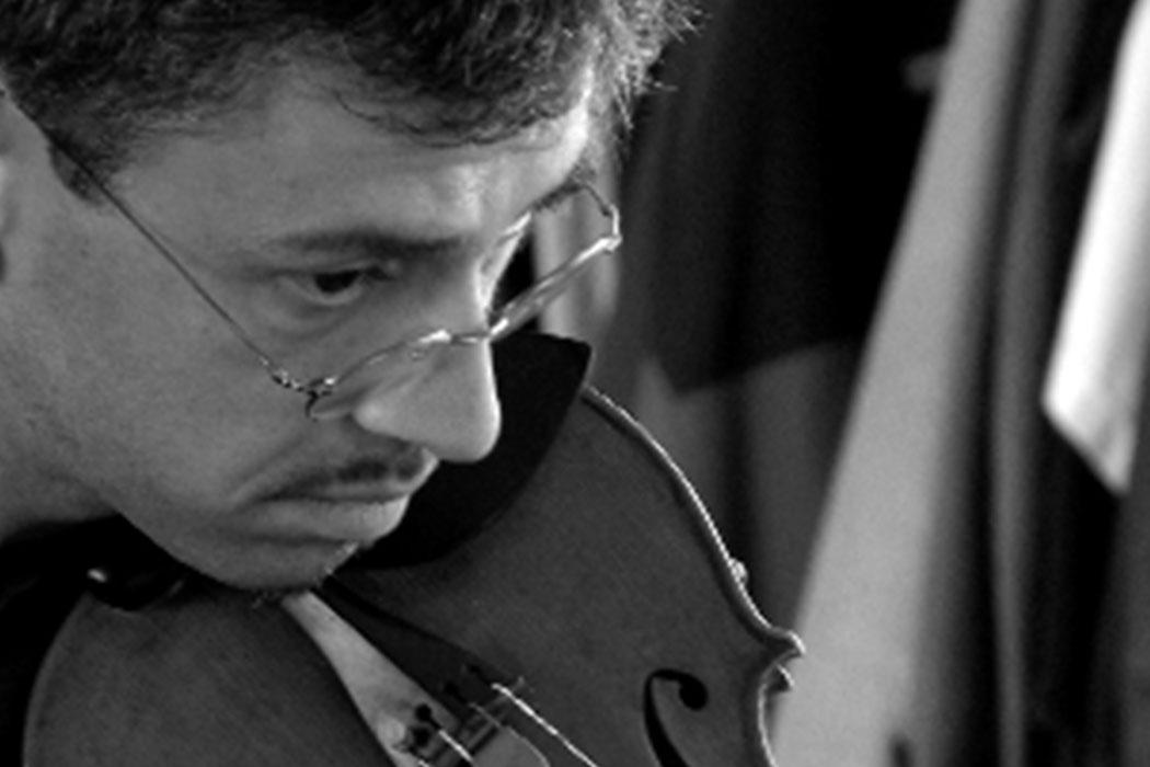 Virtuoso violinist adds new string to his bow