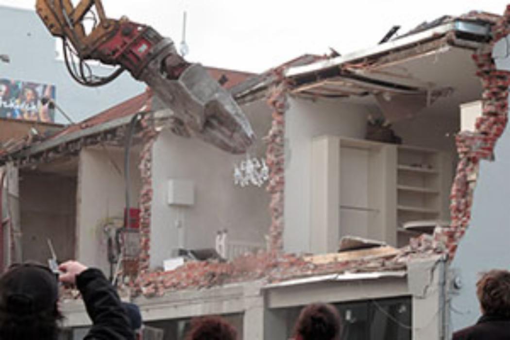 Demolition of Robertsons Bakery September_8_2010