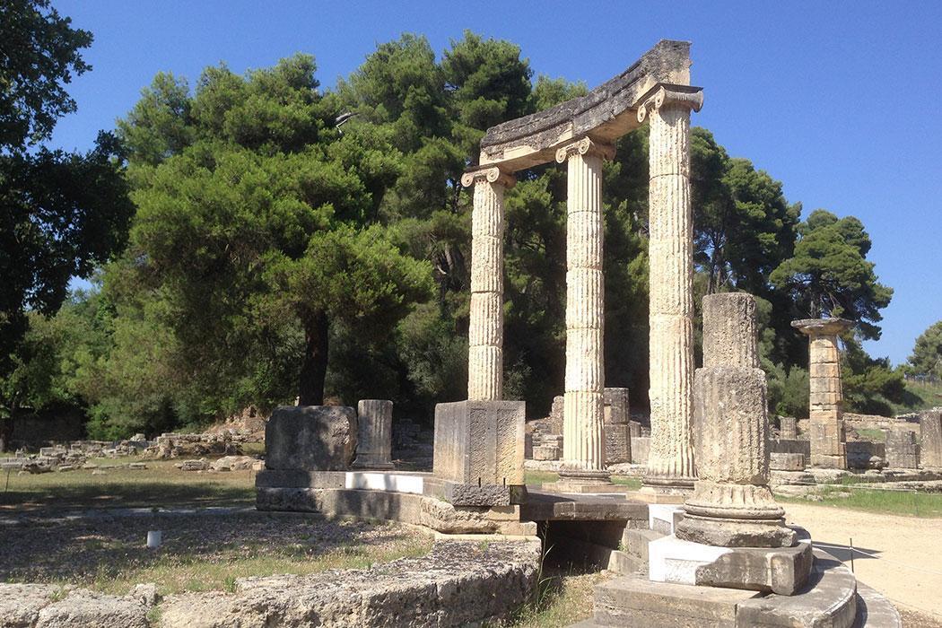 Classics Greek ruins