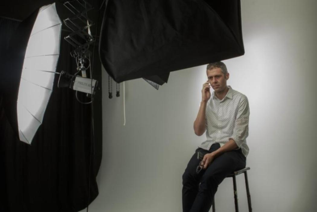 glenn scanlon journalism graduate photoshoot
