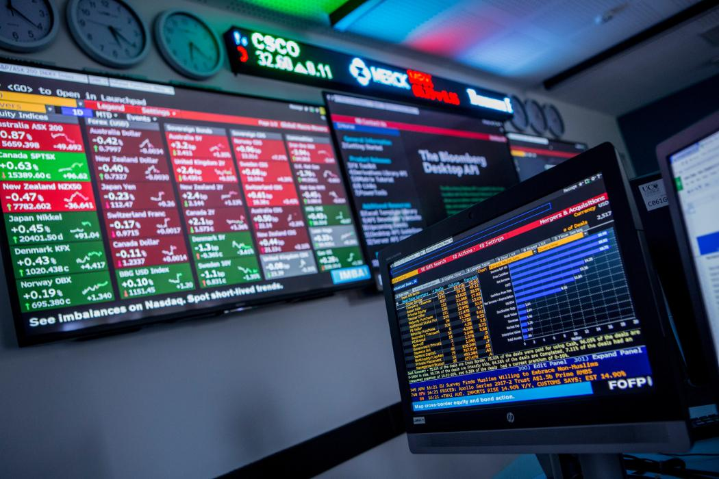 Finance_tradingroom_Dark