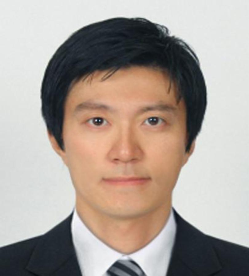 Heon Park staff