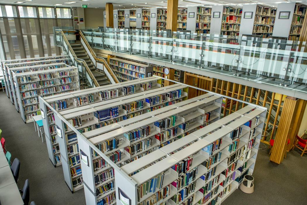 engineering library bookshelfs