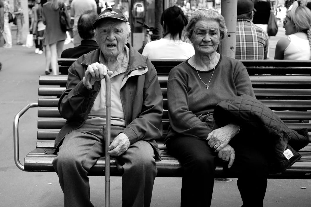 Elderly-couple_DPT_block
