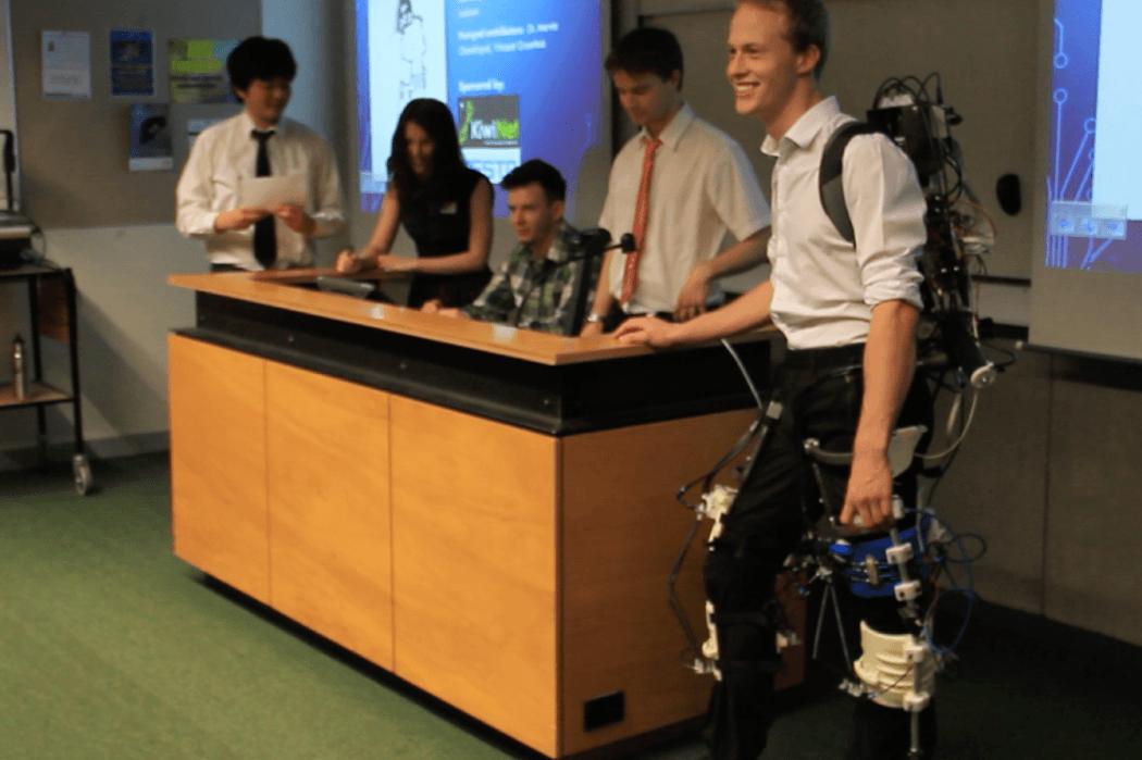 Bioengineering team, legs equipment