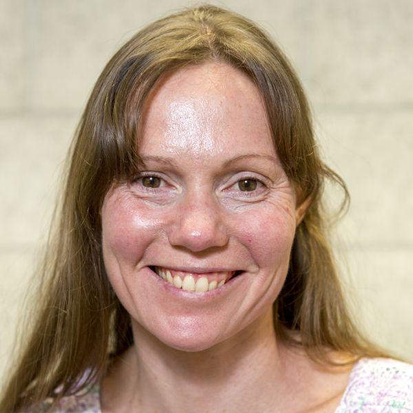staff-profile-Ruth-Macaskill FUT hero-staff.jpg