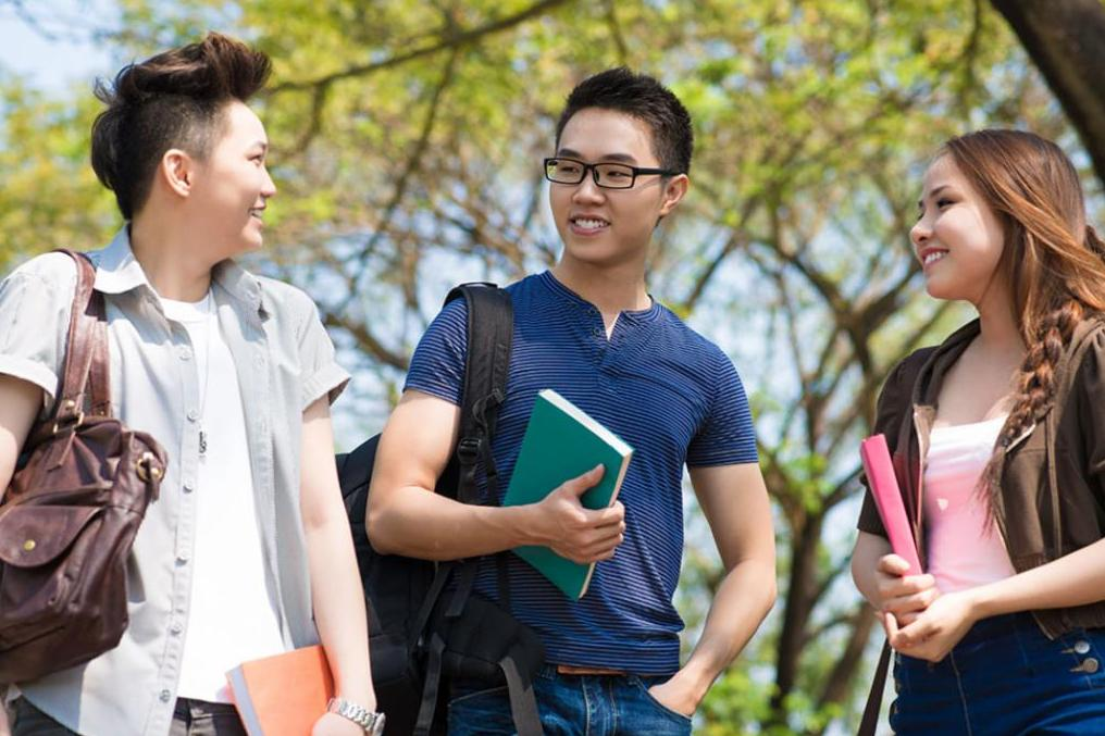 International students content block