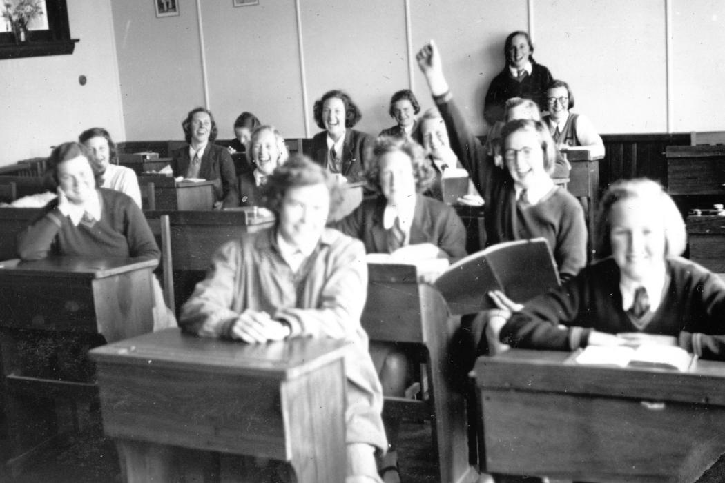image of the week 20 november summer school 1945