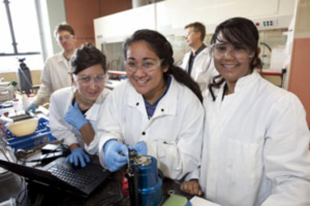 High school students given a peek into the world of tertiary science