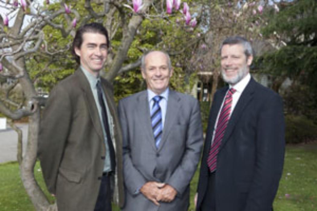 Prominent international engineer visits UC