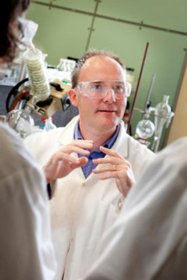 Pharmaceutical expert lectures at UC