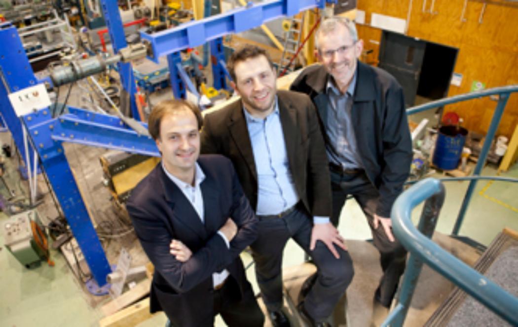 UC engineering academics receive Innovation Medal