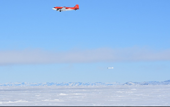 Icetronauts use old bird to measure Antarctic ice