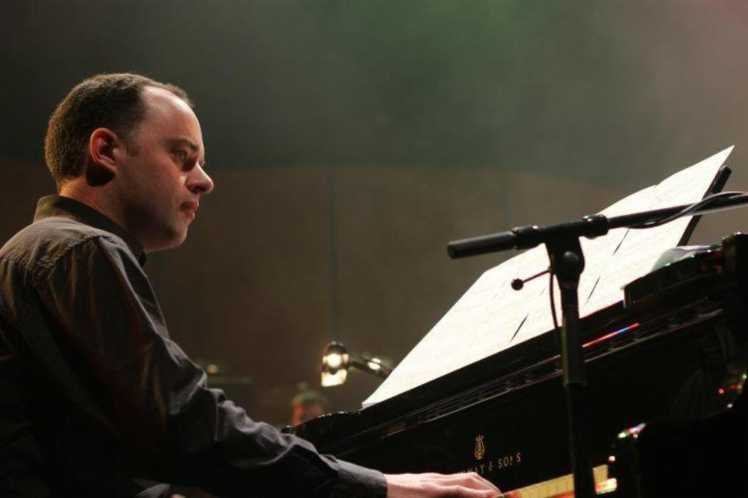 Hamish Oliver at the piano