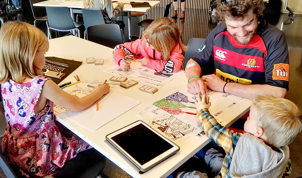 UC students help kids learn about digital world