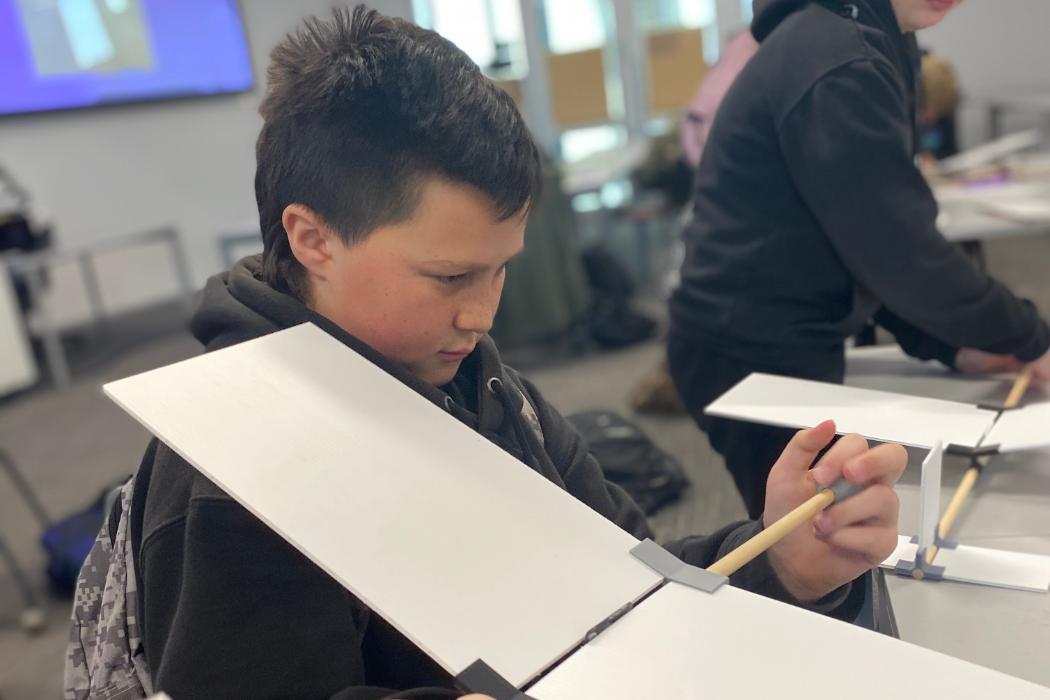 Children's University Making Gliders
