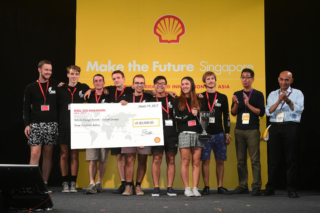 UC team gets cheque for Shell Eco-marathon Vehicle Design award