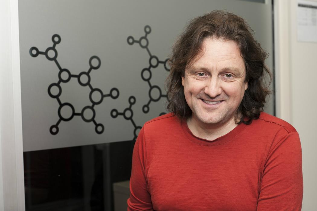 Prof Antony Fairbanks