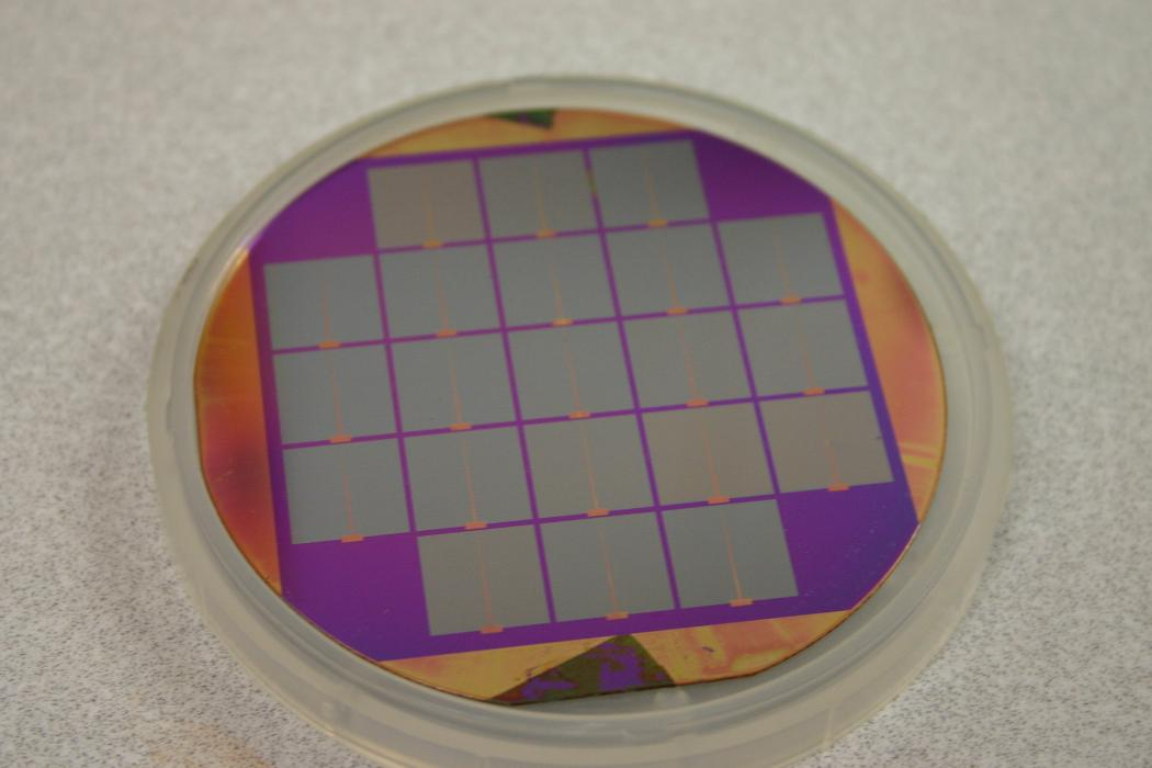 Materials Cluster, silicon wafer