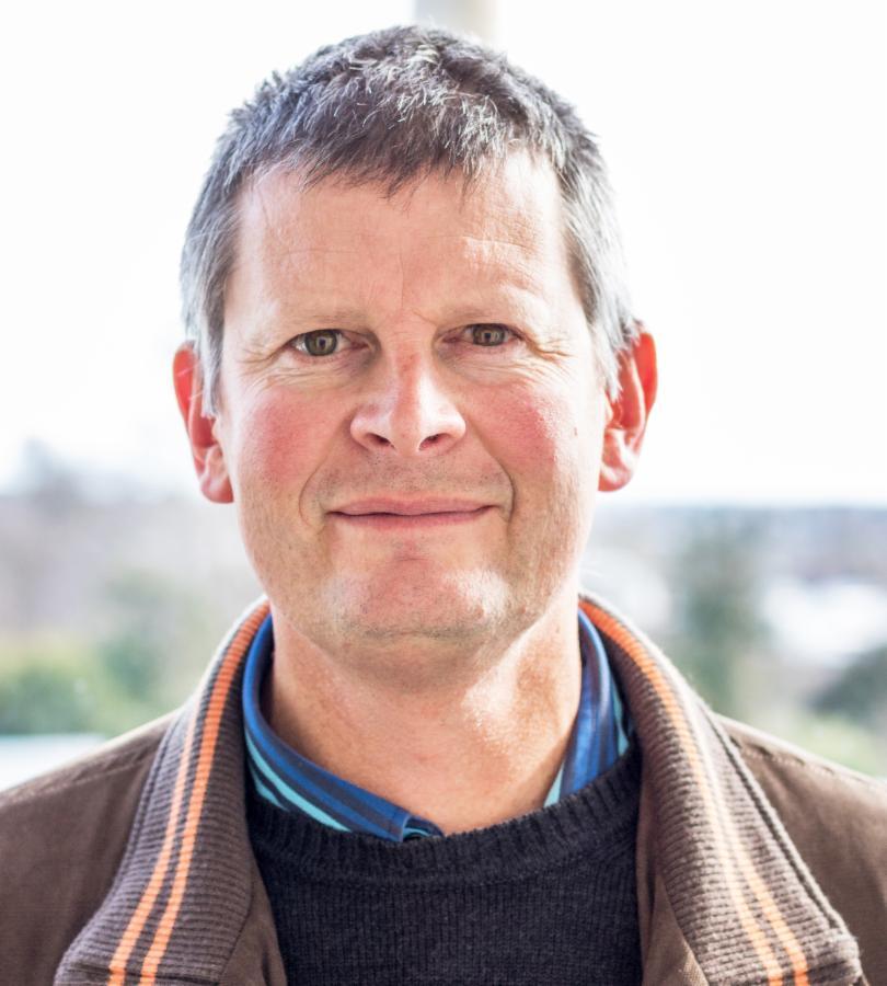 Brett Robinson