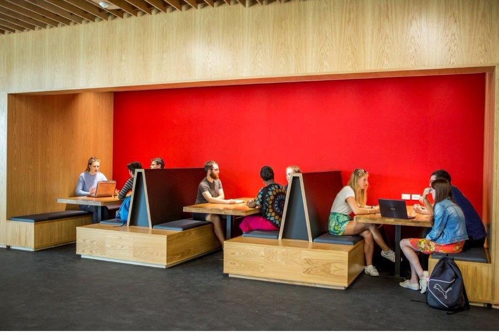 students in rrsic study space