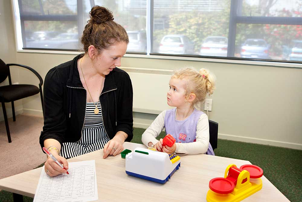 Speech and language _assessing child