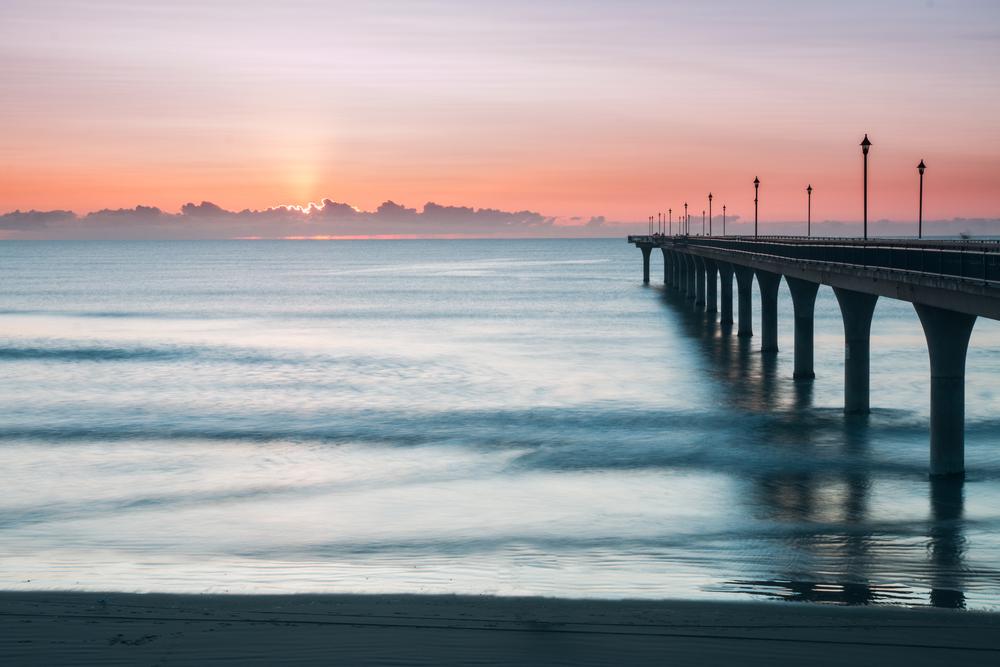 Christchurch-pier-beach