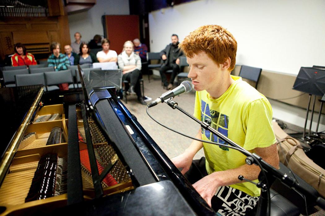 Music pic_piano
