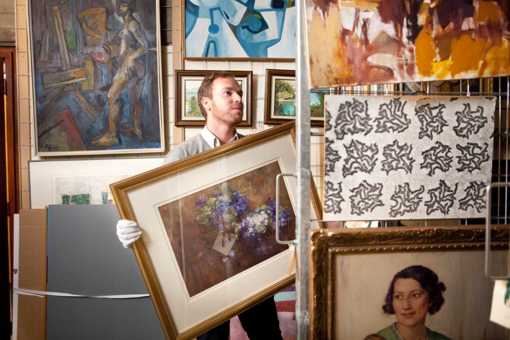 Art Curatorship