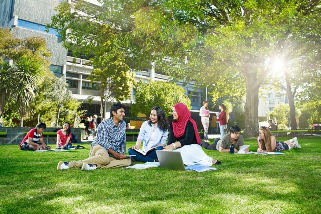 Banner international students landscape